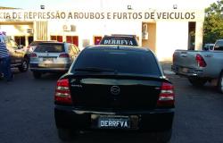 Polícia Civil prende associação criminosa e recupera carro roubado