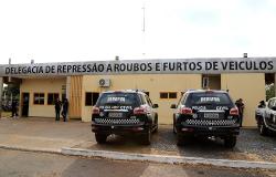Coautor de roubo de caminhões de secretaria tem prisão cumprida pela Polícia