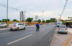 Equipamentos de fiscalização e monitoramento são instalados na Avenida Miguel Sutil