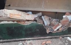 Caminhonete desgovernada invade residencia e deixa moradores feridos