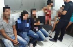 Oito são presos em festa com drogas, bebidas e orgia em MT