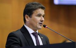 Deputado João Batista protocola ação contra Mauro Mendes e Alexandre Bustamante