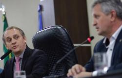 Novato na base, deputado descarta ser líder de Mauro na AL