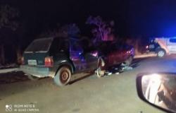 Dois morrem em acidente com 4 veículos em MT