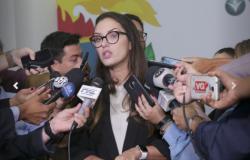 Janaina Riva entra em licença maternidade nesta quarta-feira; Romoaldo assume