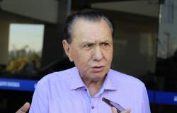 Ministro do STF nega recurso e mantém suspensa aposentadoria de Bezerra