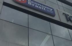 Empresário entra com ação contra sócios da Economy Brasil que o excluíram de grupo