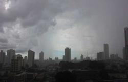 Instituto emite alerta de chuva forte com rajadas de ventos em Cuiabá