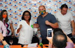 Gisela oficializa apoio a Abílio e diz que candidato prometeu políticas para mulheres