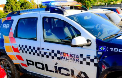 Adolescente de 12 anos é baleada durante bebedeira em bar; atirador fugiu