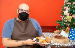Ex-jogador do Cuiabá Arsenal usa receita tradicional da família para vender biscoitos de Natal