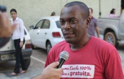 Prestes a assumir cargo de deputado, sindicalista diz que Mauro está acabando com democracia em escolas