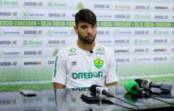 Ex-Flamengo, Pepe cita expectativa na estreia do Cuiabá