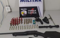 Força Tática detém mulher depois de ameaçar marido e vizinhos com revólver em Tangará da Serra