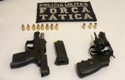 Em briga familiar, policiais apreendem pistola e revólver em Água Boa