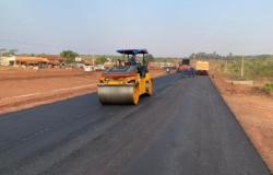 Moradores pedem doação de projeto para asfalto e ameaçam fechar Cuiabá