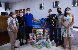 Chapada dos Guimarães recebe mil cestas básicas e mil cobertores do Governo do Estado