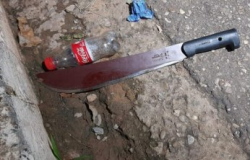 Homem tenta matar irmão com facada pelas costas em VG