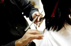 Setor de serviços cresce 1% de março para abril, diz IBGE