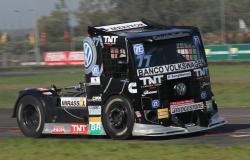 Ex-piloto de Fórmula Truck é preso suspeito de liderar quadrilha de roubo de carga