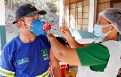 Prefeitura reforça olhar sensível e realiza vacinação de cerca de 400 catadores de recicláveis