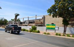 Levantamento das paredes frontais avança e nova Vila Cuiabana começa a ganhar forma