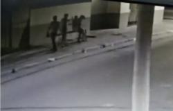 Vídeo mostra mulher sendo atingida na cabeça; PMs são presos