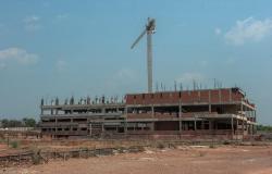 Licitação para retomar construção de hospital em Cuiabá será encerrada em 13 de abril