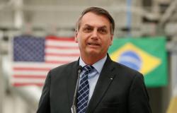Bolsonaro diz em rede social que 2° teste para coronavírus deu negativo
