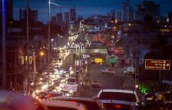 Cuiabá estuda fechar entradas para conter aumento de casos no pico da Covid