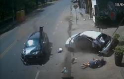 Vídeo mostra motorista sendo arremessada de carro após batida em Cuiabá