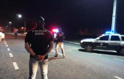 Polícia autua condutores por embriaguez e recolhe CNHs
