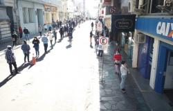 Ministro admite veto a projeto que amplia beneficiários do auxílio de R$ 600
