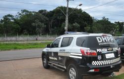 Polícia cumpre mandados contra membros de facção envolvidos em tortura contra adolescente