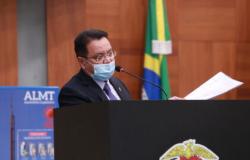 Botelho defende tratamento fisioterapêutico para mulheres mastectomizadas