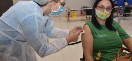 Secretária faz chamamento para vacinação dos profissionais da educação