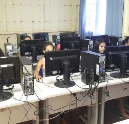 Municipio Pontes Lacerda ( Escola Mun. Ovidio Miranda Brito Zona Rural )
