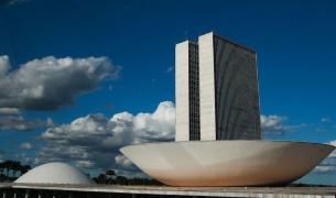 Congresso analisa na terça PL para governo contornar regra de ouro