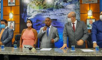 """Bacalhau pretende aproximar a população do legislativo: """" Povo deve participar das sessões e cobrar o seu vereador"""", diz presidente"""