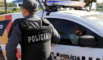 PM prende homem por agredir a esposa e três crianças em Nobres
