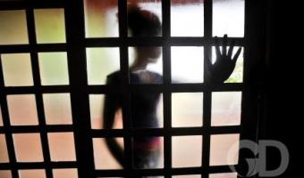 Menina de 13 anos é perseguida, estuprada e agredida por membro de facção criminosa