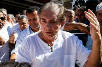 João de Deus se entregou à polícia neste domingo (16) Walterson Rosa/Folhapress - 12.12.2018