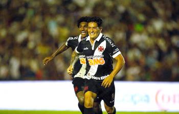 Germán Cano vibra com o gol que classificou o Vasco – (Foto: Rafael Ribeiro/Vasco)