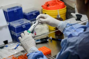 Um total de 121.105 amostras já foram avaliadas pelo Laboratório Central do Estado (Lacen-MT) - Foto por: Tchélo Figueiredo | Secom