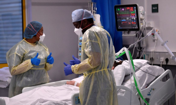Especialistas de saúde estão cada vez mais preocupados com evidências de riscos mais altos de distúrbios neurológicos e mentais entre sobreviventes da covid-19          Foto:Toby Melville/Reuters