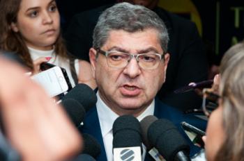 Novo presidente do TCE, Maluf exonera 34 e nomeia 12 servidores