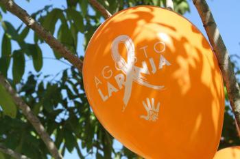 Agosto Laranja chama atenção para a esclerose múltipla