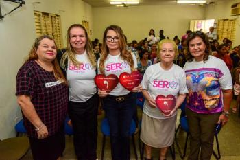 SER Mulher atende bairro Pedra 90 com ações de combate à violência doméstica