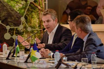 Governador cobra que países cumpram acordos internacionais para preservação