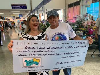 Projeto Troco Solidário da rede de Supermercados Comper beneficia a instituição AVCC